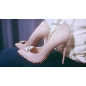 Light Pink Pumps (Aldo)